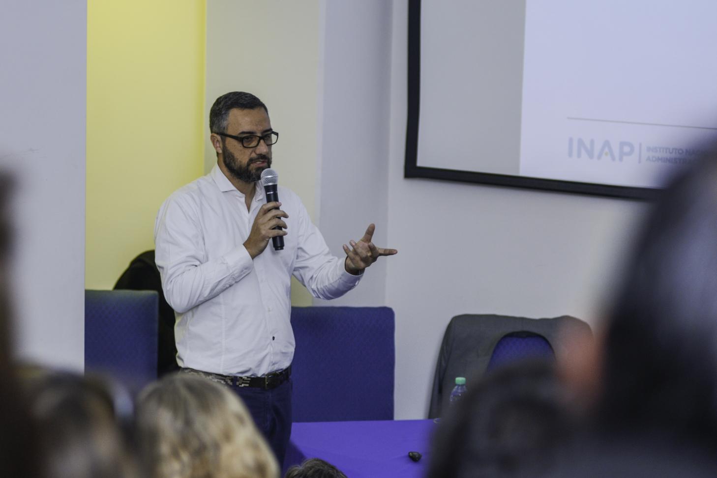"""Ante 130 funcionarios provinciales, se dictó """"Gestión de resultados"""", en Jujuy"""
